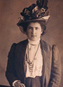 erminia-martini-lesina-circa-1910